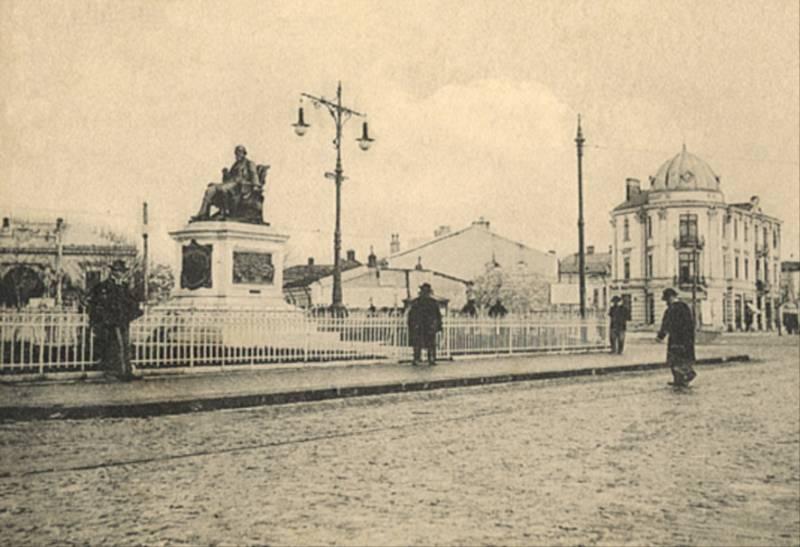 53. P-ta si Monumentul C.A.Rosetti