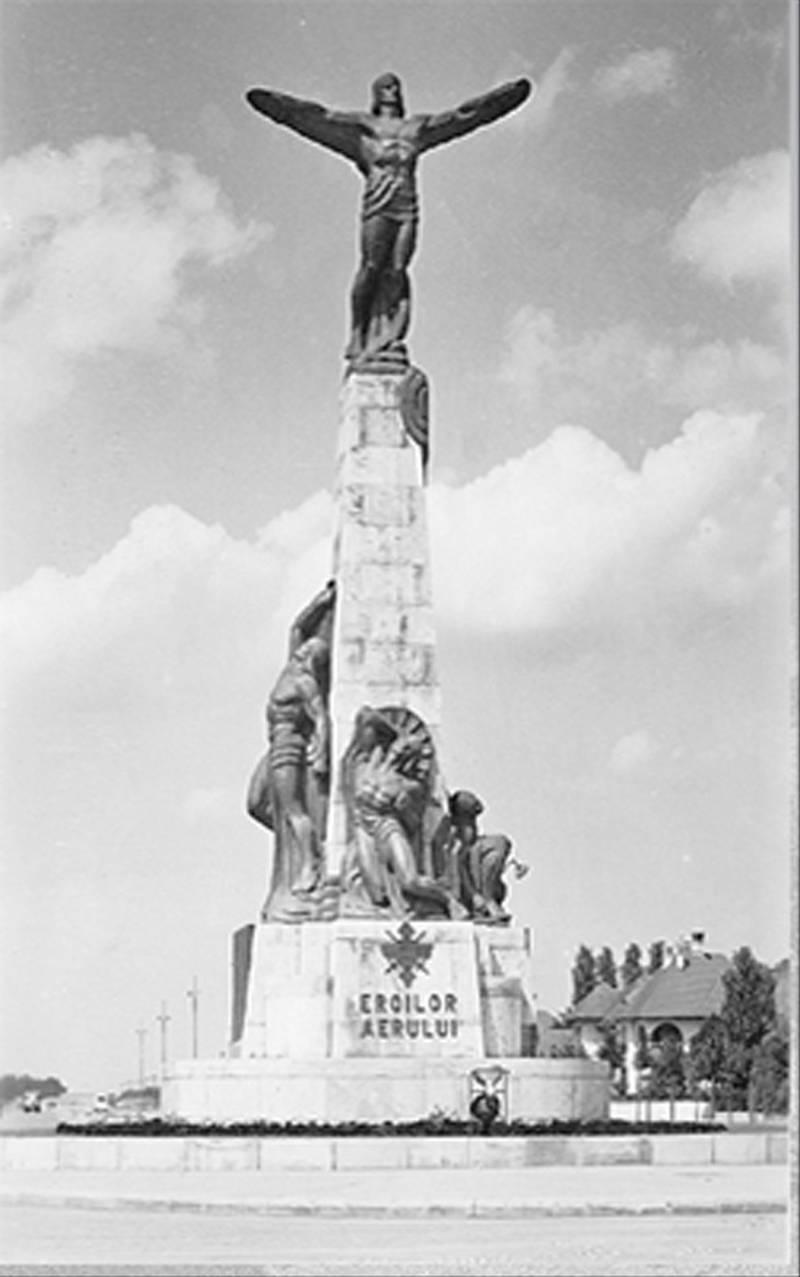 62. Monument Inchinat Eroilor Aerului, P-ta Aviatotilor