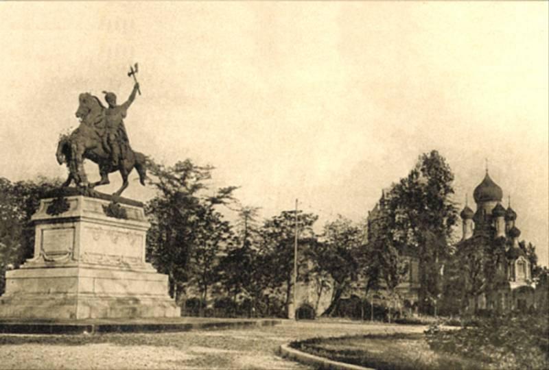 78. Statuia lui Mihai Viteazul