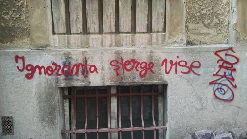 Graffiti Bucuresti Arthur Verona (10)