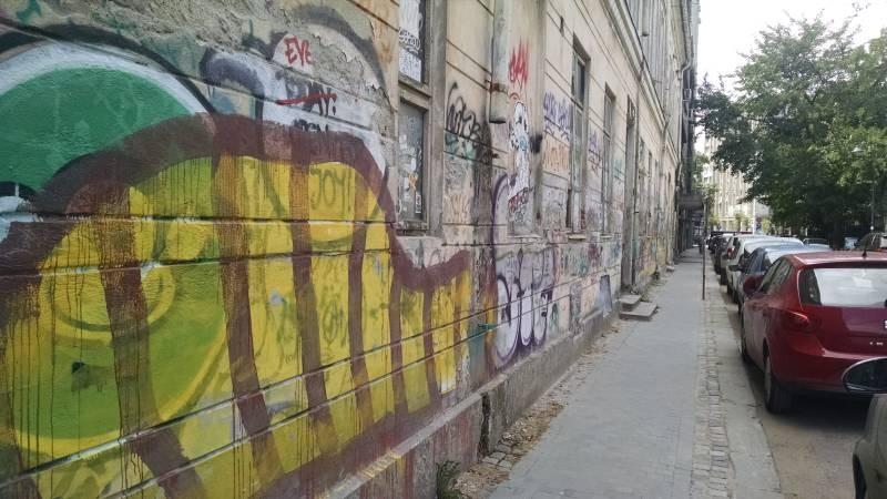 Graffiti Bucuresti Arthur Verona (7)