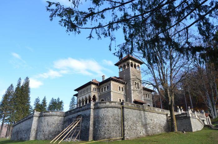 Castelul Cantacuzino Busteni (1)