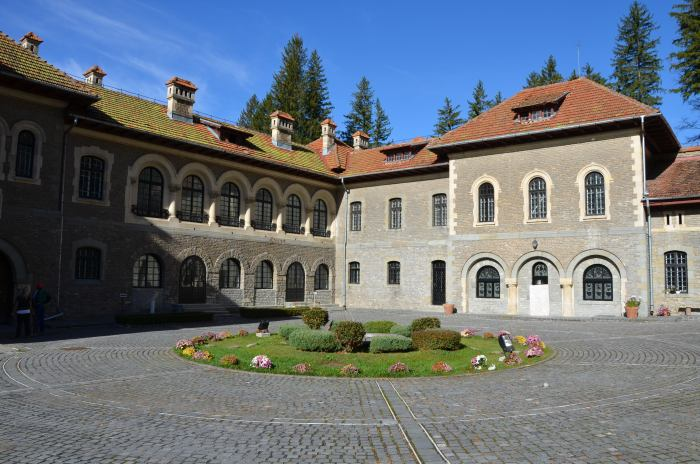 Castelul Cantacuzino Busteni (29)