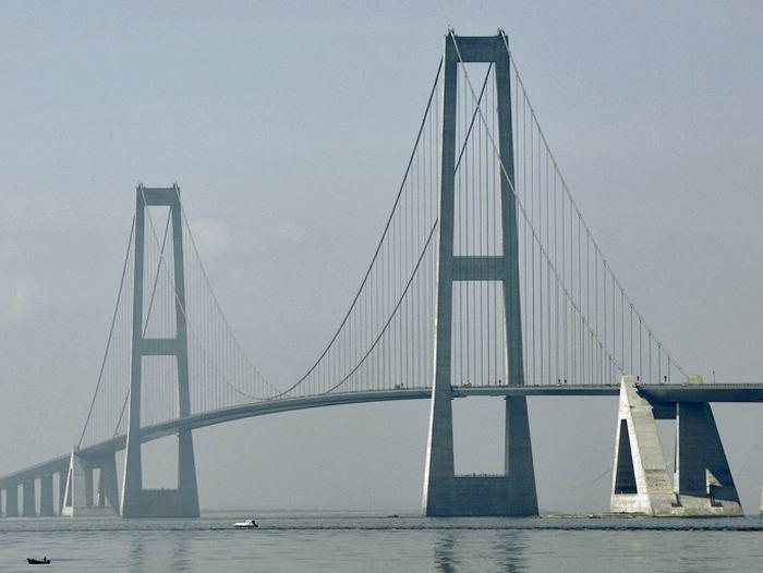 Great_Belt_East_Bridge