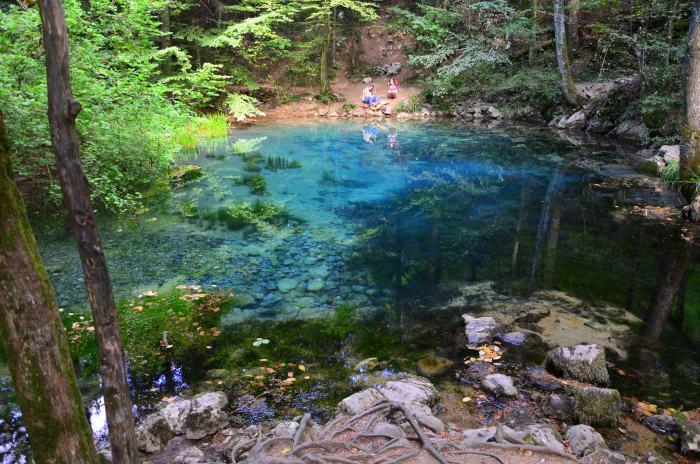 Lacul Ochiul Beiului Cheile Nerei (5)