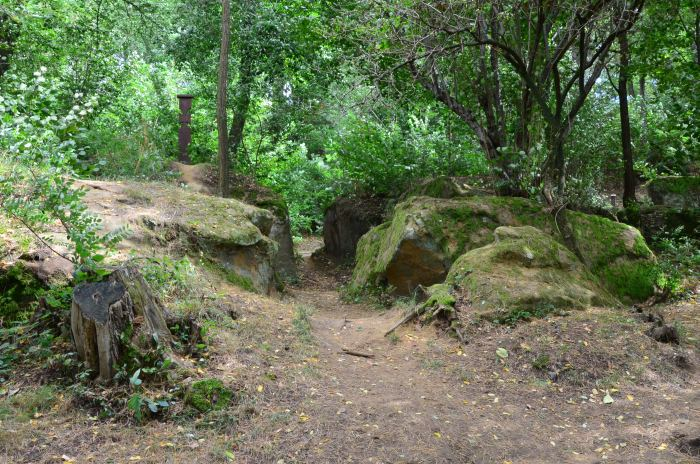 manastirea rupestra Sinca Veche (9)