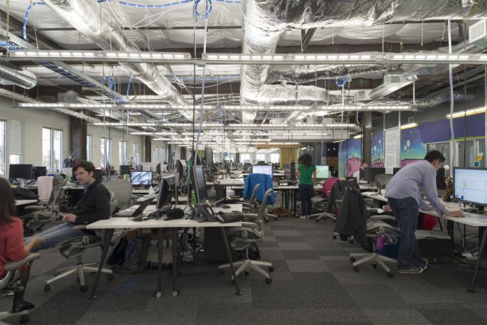 poze sediu birouri Facebook (25)