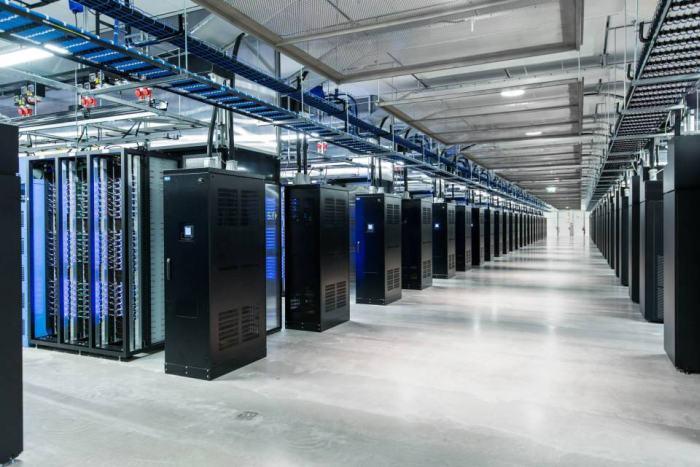 poze sediu birouri Facebook (32)