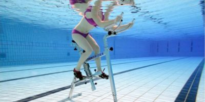 fitness in apa cu bicicleta. Aqua-Cycling in Romania