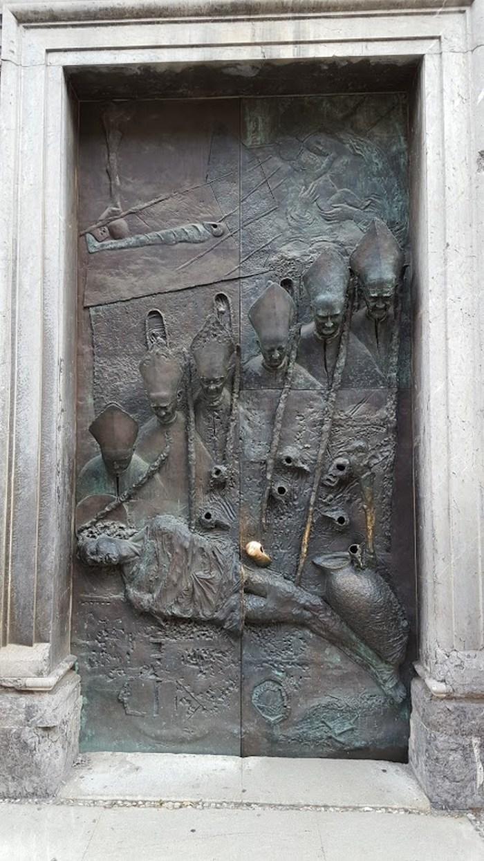 usa-biserica-ljubljana