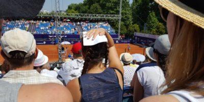 spectatori la meci de tenis