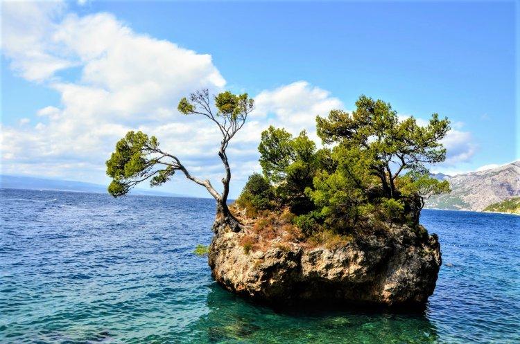poze plaja Brela Croatia